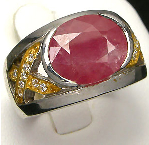 Женский перстень с рубином. Золотое кольцо с рубином - цена уникального талисмана